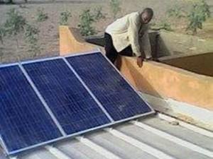 Solarmodule Schule