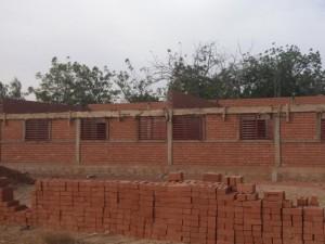 Letztes Gebäude wird gemauert