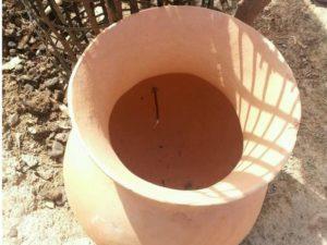 Tonkrug für Bewässerung